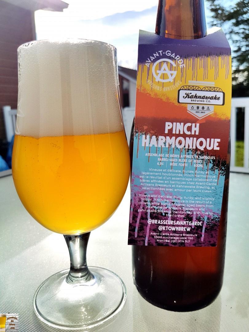 Pinch Harmonique de Kahnawake Brewing et Avant-Garde